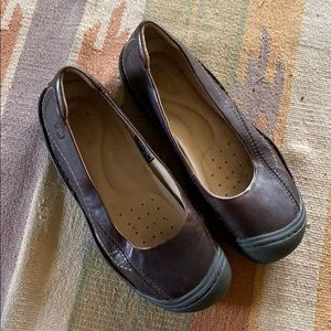 Keen leather slip on shoes